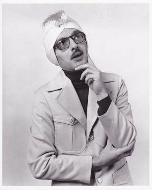 Dr. Sigmund Fraud pondering