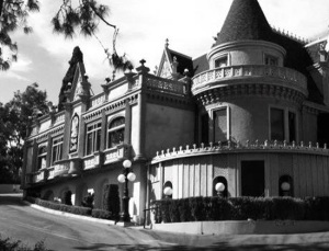 haunted-places-la-magic-castle